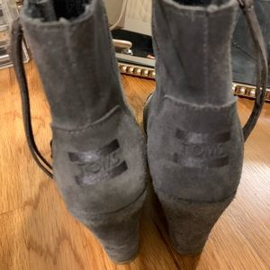 Grey TOMS wedges
